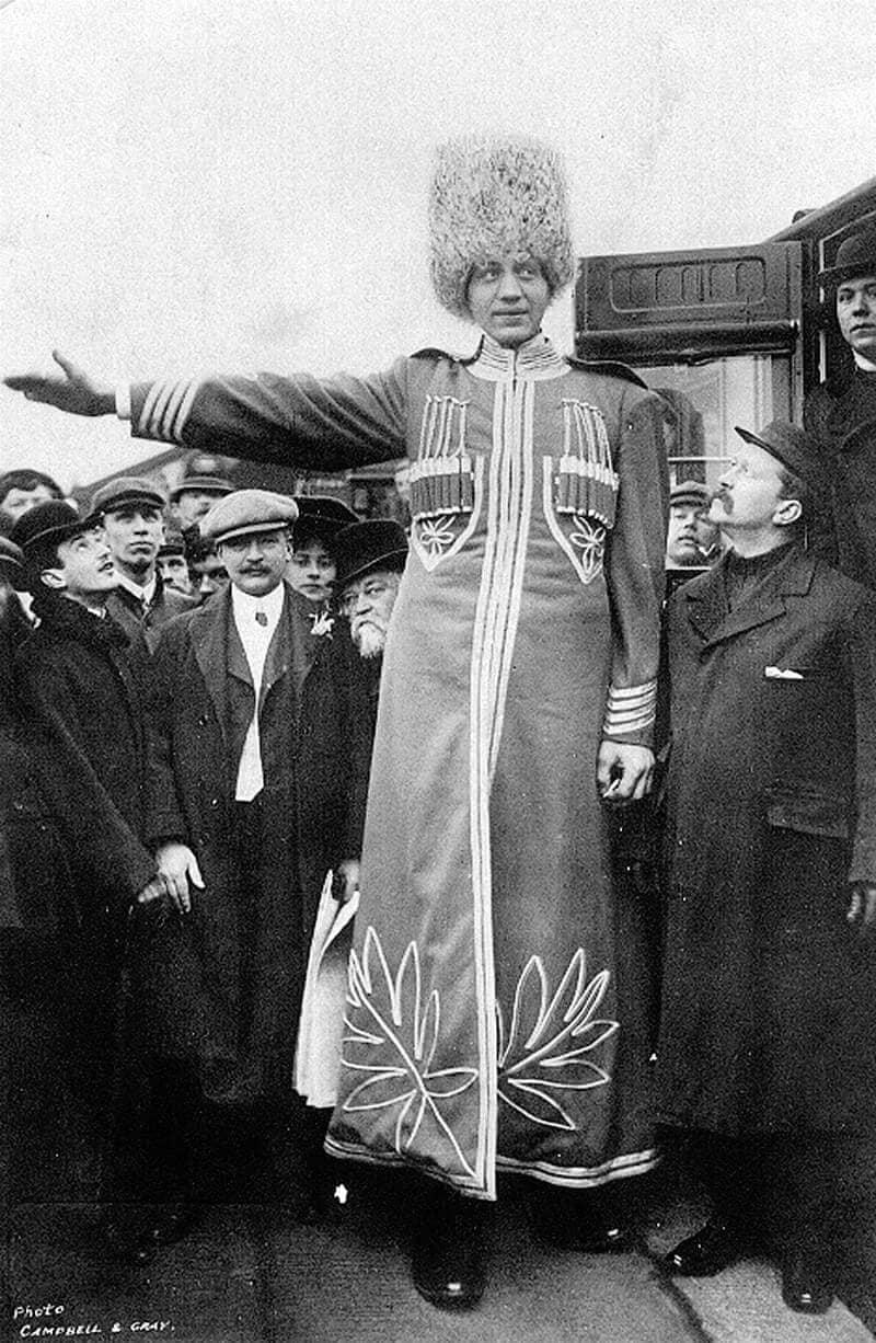 Топ 10 самых высоких людей в мире.