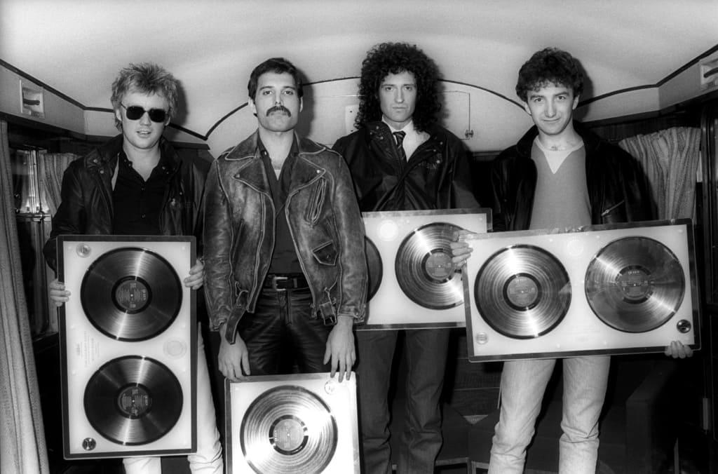 Интересные факты о Фредди Меркьюри и группе Queen